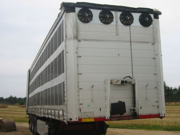 Trailer dyrtransport